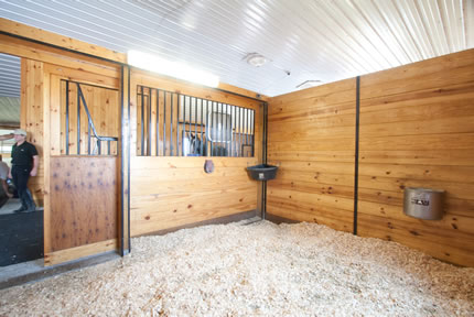 find horse stables 21701